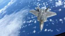 Time-Lapse of F-22 Raptor Refueling